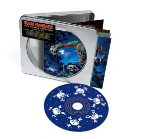 El CD en caja metálica...