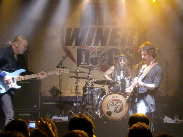 The Winery Dogs BCN 2013 06