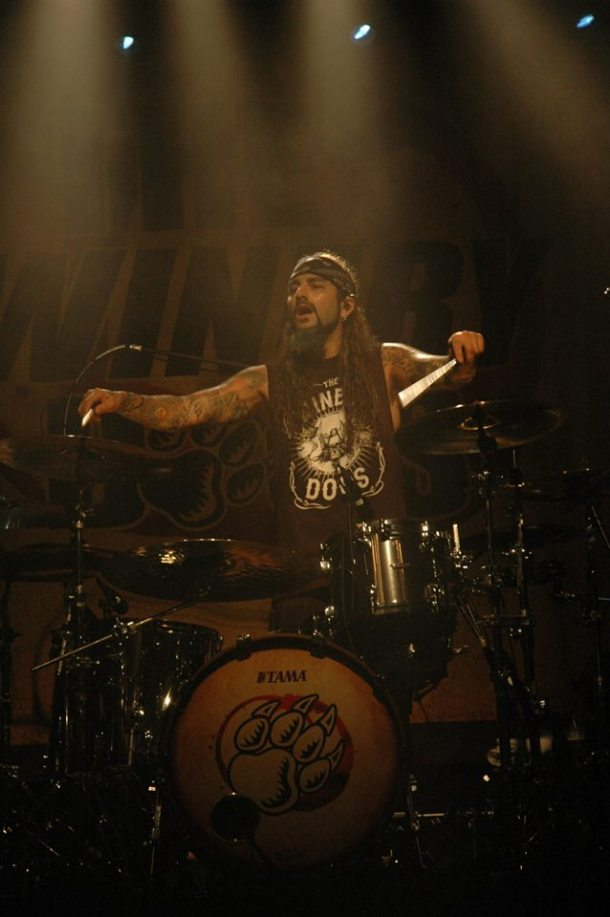The Winery Dogs BCN 2013 08