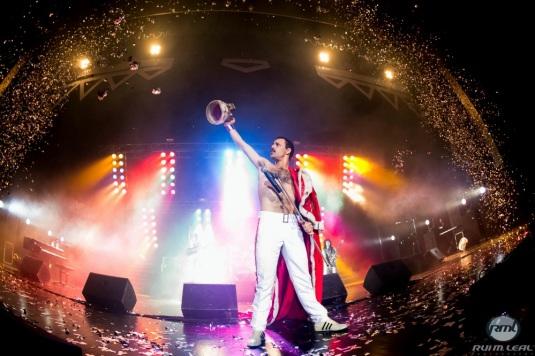 God Save The Queen live at Auditorio Mar de Vigo