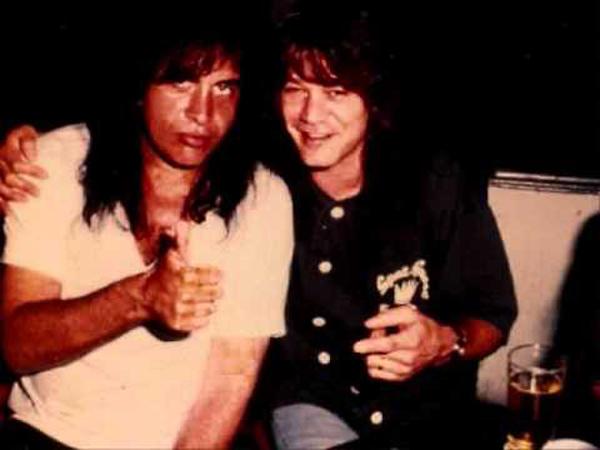 Eddie VH y Gene Simmons.jpg