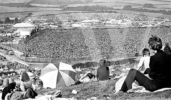 Isle of Wight 1970 crowd