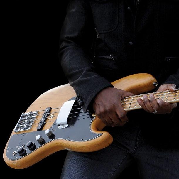 Marcus Miller Laid black promo 03.jpg